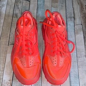 Huarache Nike|  Sneakers. Size 6